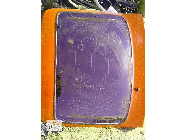 Б/у стекло крышки багажника с подогревом для легкового авто Ford Sierra- объявление о продаже  в Ковеле