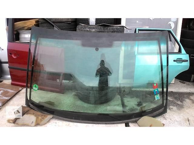 продам Б/у стекло лобовое/ветровое для автобуса Mercedes Sprinter бу в Яворове