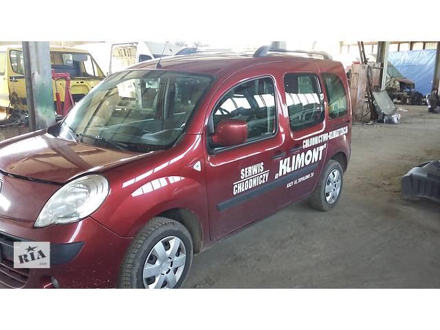 купить бу Б/у Стекло лобовое/ветровое для легкового авто Renault Kangoo в Рожище