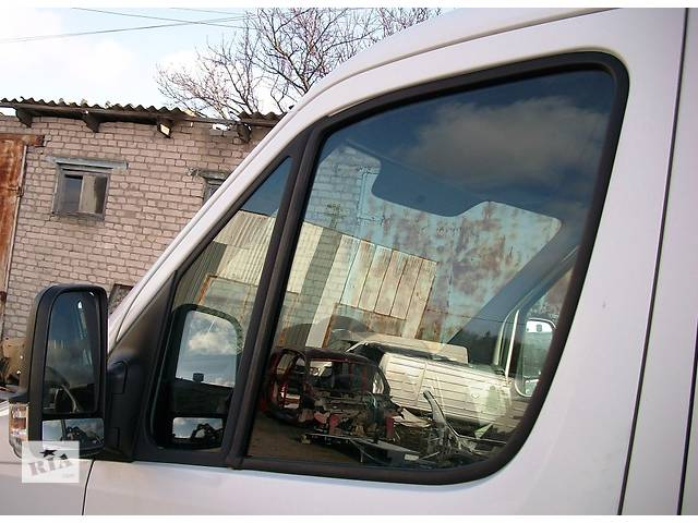 Б/у Стекло Стекло двери Volkswagen Crafter Фольксваген Крафтер, Мерседес Спринтер Спрінтер, W906 2006-2012- объявление о продаже  в Луцке