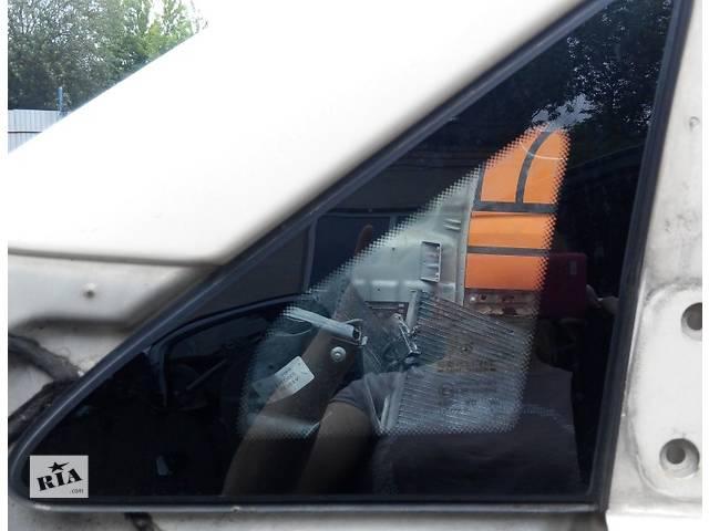 купить бу Б/у стекло треугольник Mercedes Vito (Viano) Мерседес Вито (Виано ) V639 (109, 111, 115, 120) в Ровно