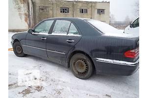 б/у Стекло в кузов Mercedes E-Class