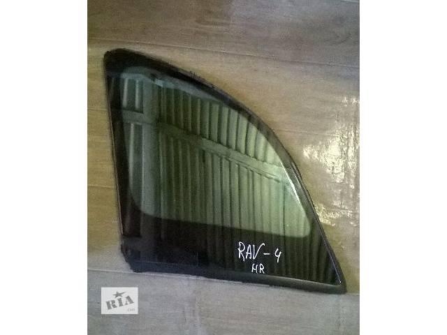 продам Б/у стекло в кузов заднее правое глухое для кроссовера Toyota Rav 4 2002г бу в Киеве