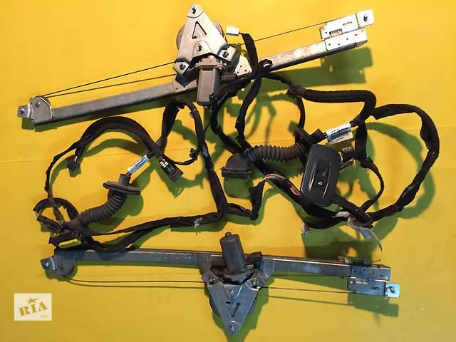 продам Б/у стеклоподъемник для легкового авто Renault Trafic бу в Ковеле