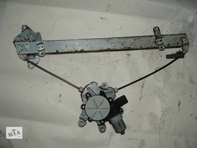 продам Б/у стеклоподъемник для седана Mitsubishi Lancer бу в Черкассах