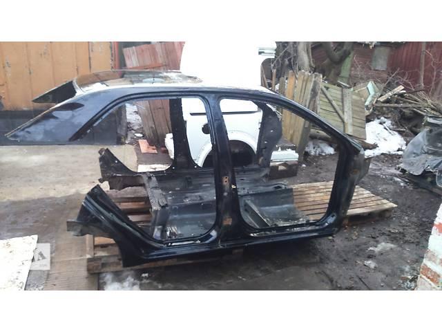 купить бу Б/у стойка кузова средняя для легкового авто Geely MK в Полтаве