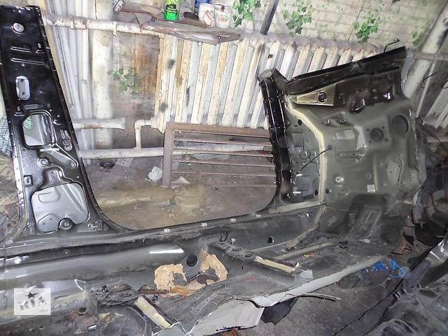 бу Б/у стойка кузова средняя для легкового авто Infiniti FX в Харькове
