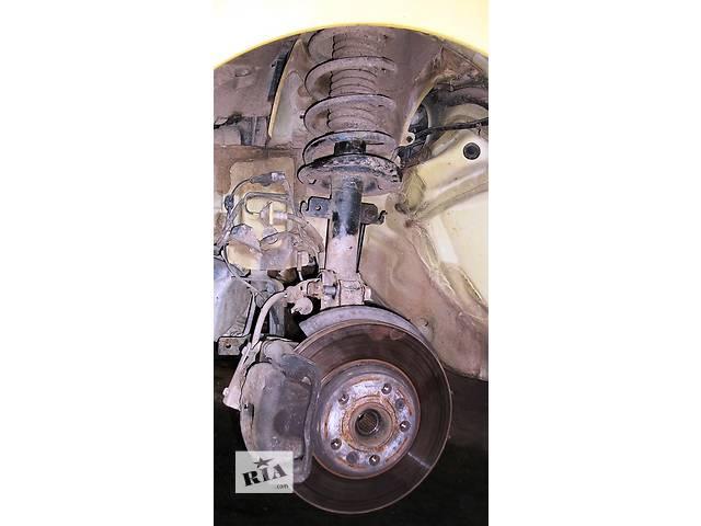 купить бу Б/у Стойка Подушка передней стойки на Рено Канго Кенго Renault Kangoo 2008-2012 в Луцке