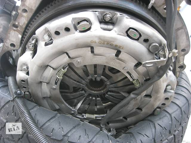 купить бу Б/у сцеплениe  Mercedes Sprinter 2.2cdi 2006-. в Ровно