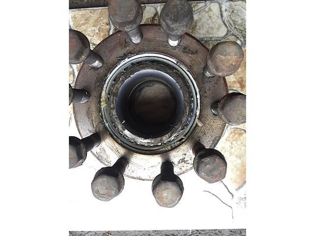 бу Б/у ступица задняя/передняя для грузовика Renault Magnum в Полтаве