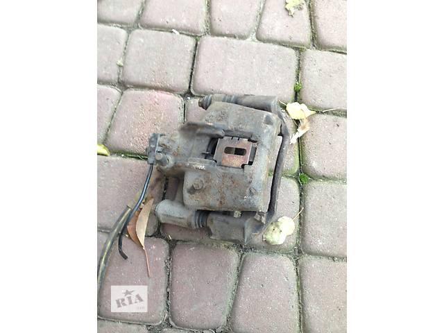 Б/у Суппорт передний правый Vito 638- объявление о продаже  в Жовкве
