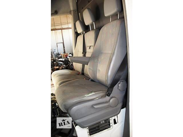 купить бу Б/у Сиденье 2йка пасс, водителя Сидіння на Volkswagen Crafter Фольксваген Крафтер 2.5 TDI 2006-2010 в Рожище