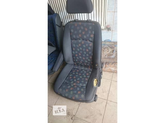 продам Б/у сиденье для грузовика Mercedes Sprinter бу в Золочеве (Львовской обл.)