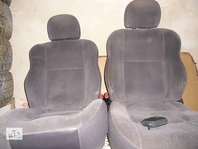 купить бу Б/у сиденье для кроссовера Jeep Grand Cherokee Laredo в Дрогобыче