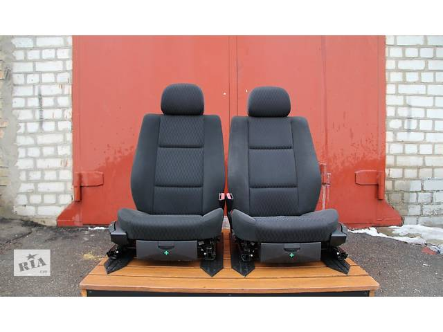 продам Б/у сиденье для легкового авто BMW 3 Series (все) бу в Киеве