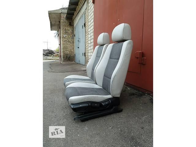 купить бу Б/у сиденье для легкового авто BMW 3 Series в Киеве