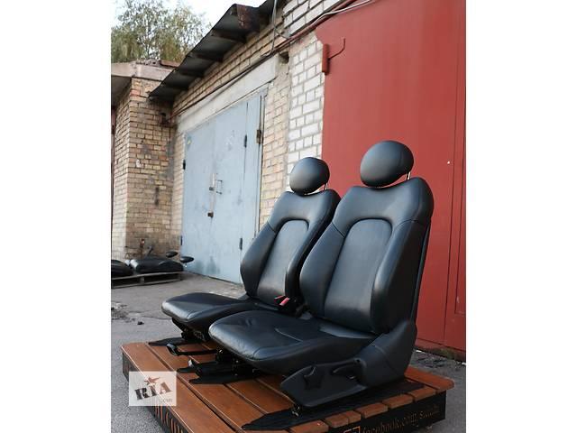 купить бу Б/у сиденье для легкового авто Mercedes C 230 Compressor в Киеве