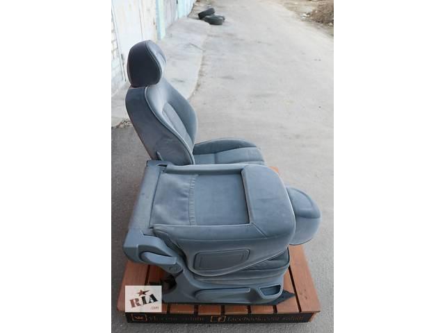 продам Б/у сиденье для легкового авто Peugeot 407 бу в Киеве