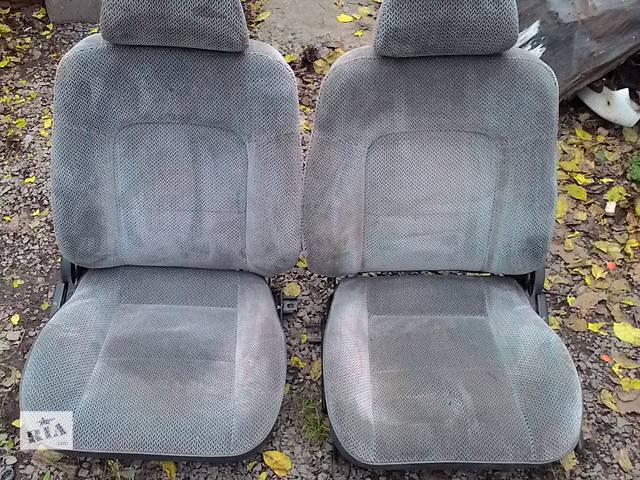 продам Б/у сиденье для легкового авто Renault 19 бу в Львове