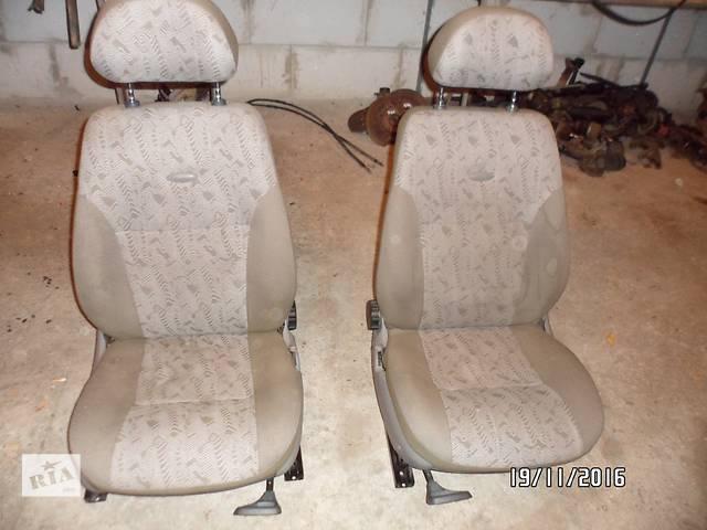"""бу Б/у сиденье переднее для легкового авто ВАЗ 1118,ВАЗ 1117,ВАЗ 1119 """"КАЛИНА"""" в Умани"""