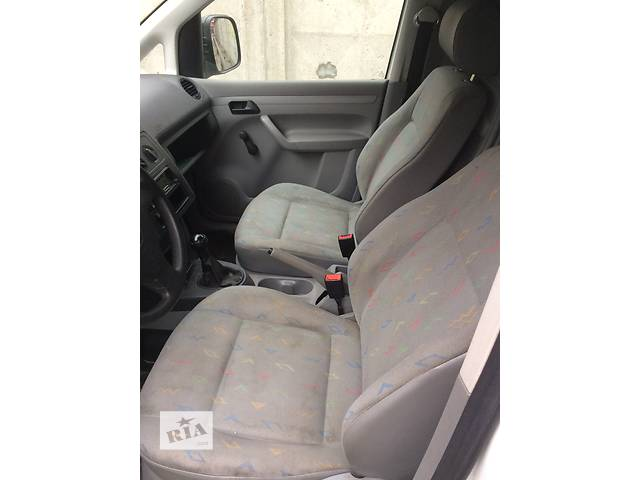 продам Б/у сиденье для легкового авто Volkswagen Caddy бу в Киеве