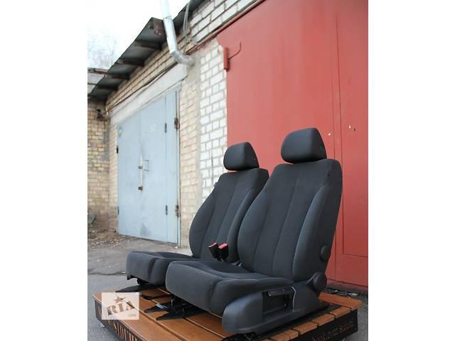 купить бу Б/у сиденье для легкового авто Volkswagen Passat B6 в Киеве