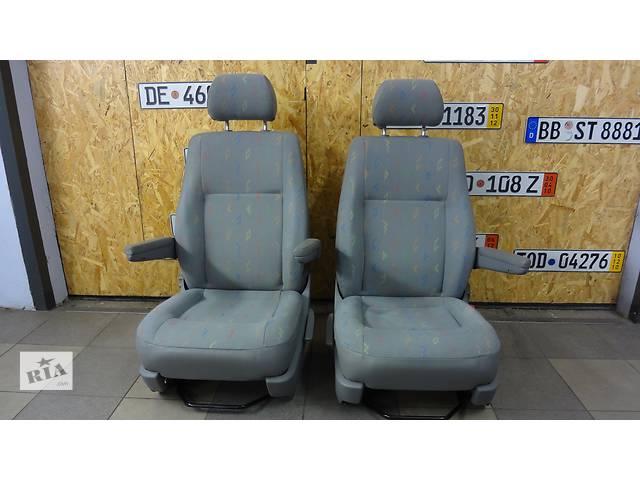 купить бу Б/у сиденье оригинальное  для легкового авто Volkswagen T5 (Transporter) в Киеве