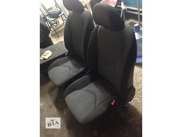 продам Б/у сиденье для седана Toyota Corolla бу в Киеве