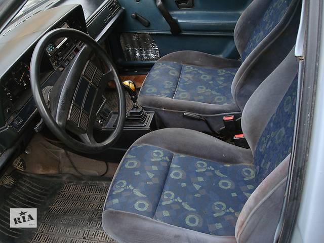 купить бу Б/у сиденье для универсала Volkswagen Passat B2 в Львове