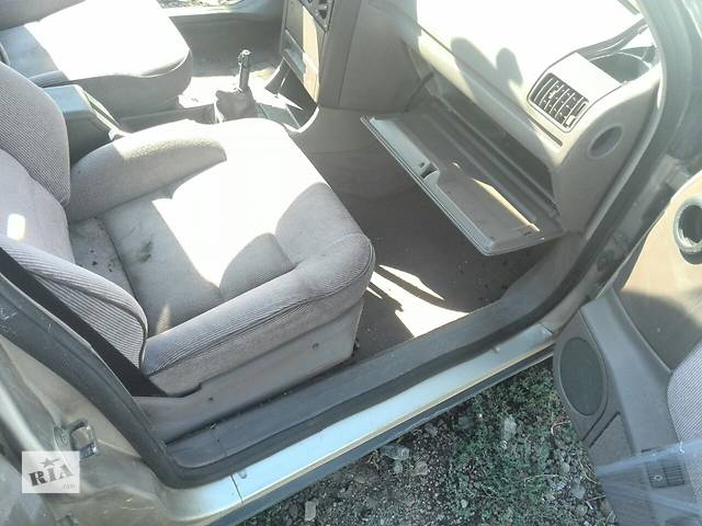 продам Б/у сиденье переднее для седана Peugeot 405 1987-1993г бу в Николаеве