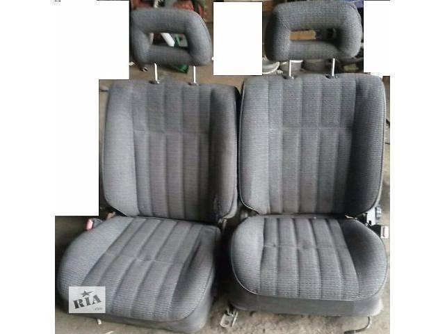 продам Б/у сиденье передние для седана Toyota Carina 2 1990г бу в Киеве