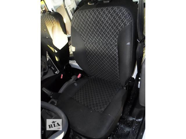 купить бу Б/у Сиденье передние/ передні сидіння Renault Kangoo Рено Кенго Канго 2 '08-12 в Рожище
