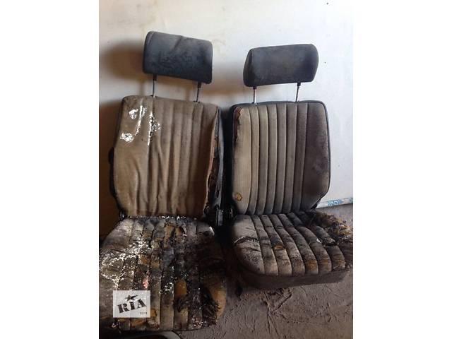 продам Б/у сиденье (передние и заднее) для купе Opel Manta B бу в Белгороде-Днестровском