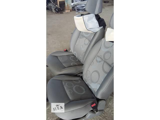 Б/у Сиденье Сидіння перед./задн. Renault Kangoo Кенго 1,5 DCI 2008-2012- объявление о продаже  в Рожище