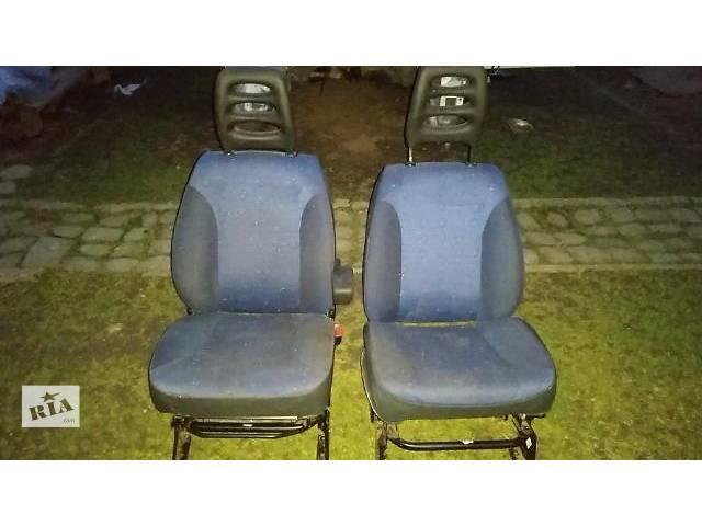 бу Б/у сидения для микроавтобуса Peugeot Expert в Коломые