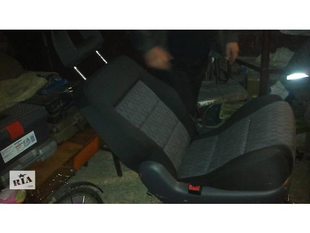 продам Б/у сиденья трансформеры для микроавтобуса Ford Galaxy бу в Дрогобыче