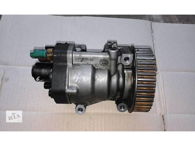 купить бу Б/у ТНВД Siemens 5ws40153; Delfi 9303Z111B на Рено Канго Кенго Renault Kangoo2 1.5 dci (2008-2011) в Рожище