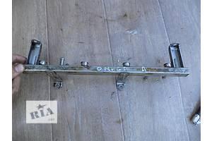 б/у Топливные рейки Opel Omega A
