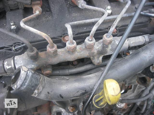 купить бу Б/у топливная рейка Peugeot Boxer 2.2 hdi 2006- в Ровно