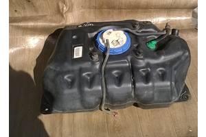б/у Топливный бак Toyota Yaris