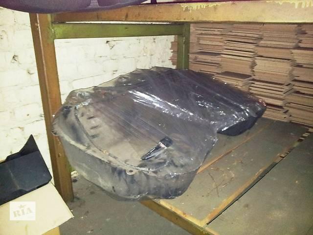 бу Б/у топливный бак для кроссовера Subaru Forester в Днепре (Днепропетровск)