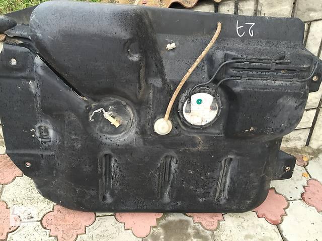 продам Б/у топливный бак для легкового авто Opel Vivaro бу в Ковеле