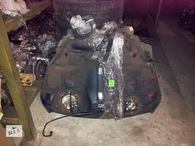 купить бу Б/у топливный бак для универсала Subaru Legacy Wagon в Днепре (Днепропетровск)