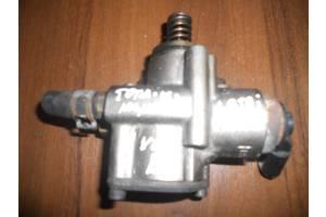 б/у Топливные насосы высокого давления/трубки/шестерни Volkswagen В6