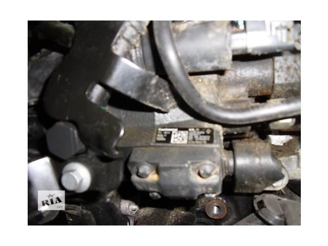 купить бу Б/у  Топливный насос высокого давления ( ТНВД )RenaultScenic III 1.5dCi  2009- в Киеве