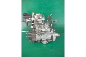 б/у Топливные насосы высокого давления/трубки/шестерни BMW 324