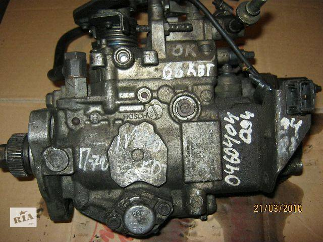 купить бу Б/у топливный насос высокого давления/трубки/шест для грузовика Iveco в Ковеле