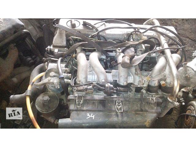 купить бу Б/у топливный насос высокого давления/трубки/шест для грузовика Mercedes 124 в Яворове
