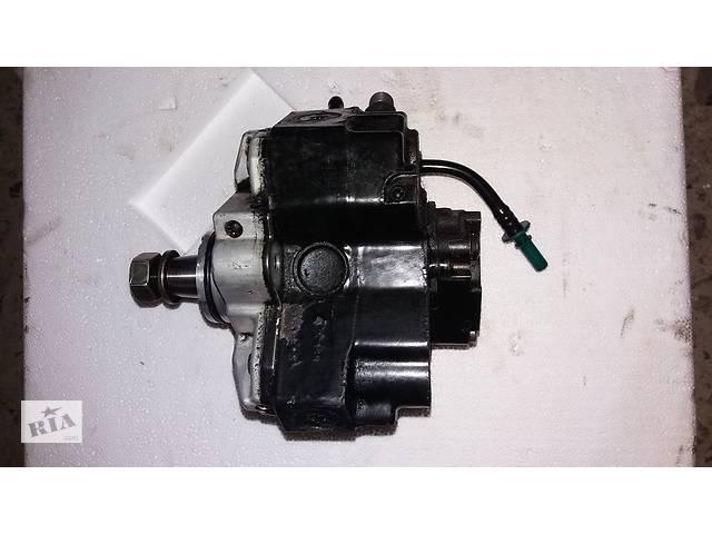 купить бу Б/у топливный насос высокого давления ТНВД Renault Mascott 3.0DCI DXI 16700DB000 0445010094 в Ужгороде