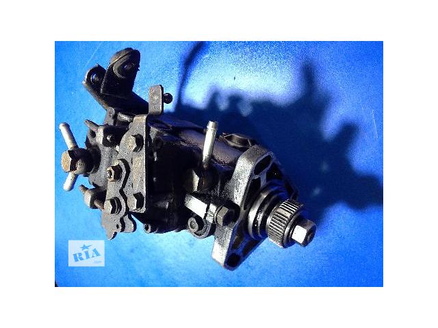 купить бу Б/у топливный насос высокого давления/трубки/шест для грузовика Renault Master 2.5 дизель (0460494189) в Луцке